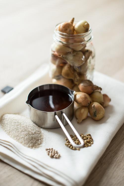 Ingredienser til hjemmelavede syltede perleløg