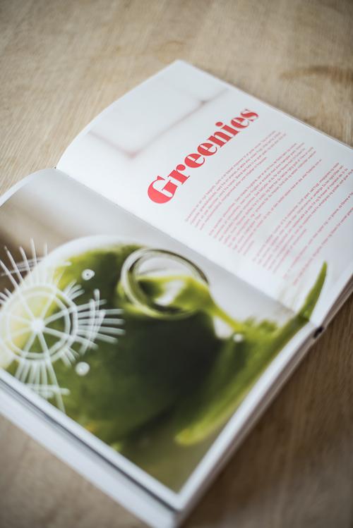 Et opslag i bogen om de helt grønne juicer