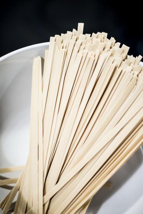 Brede økologiske risnudler