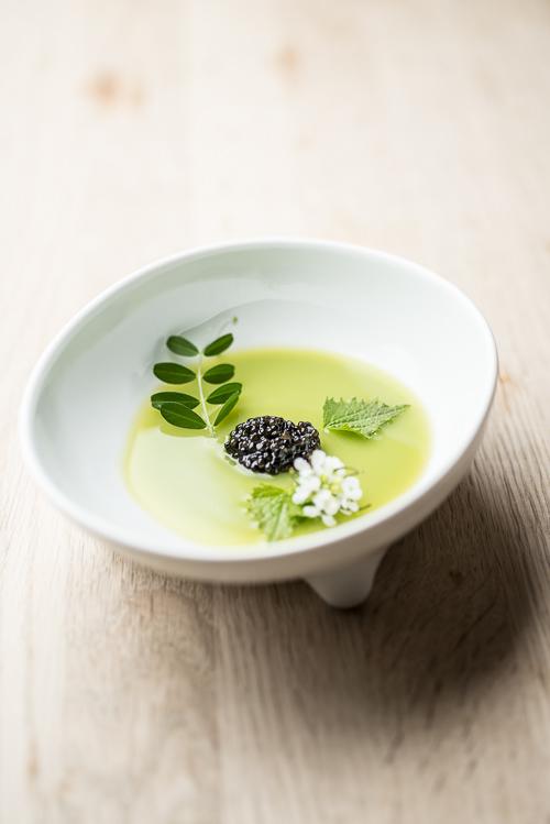 Forret med ærter og kaviar