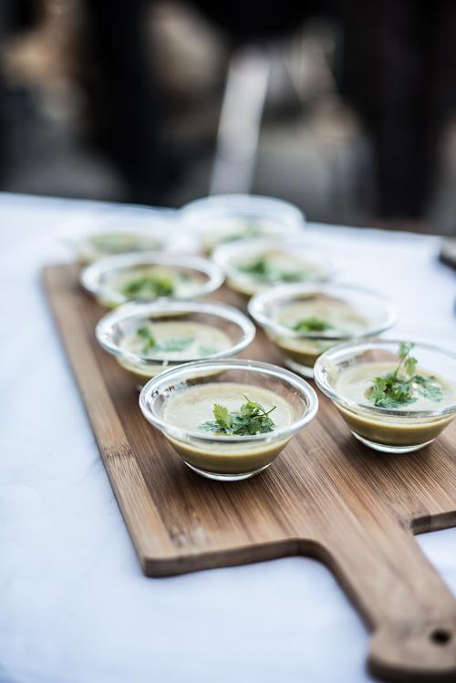 Lun aspargessuppe med kørvel