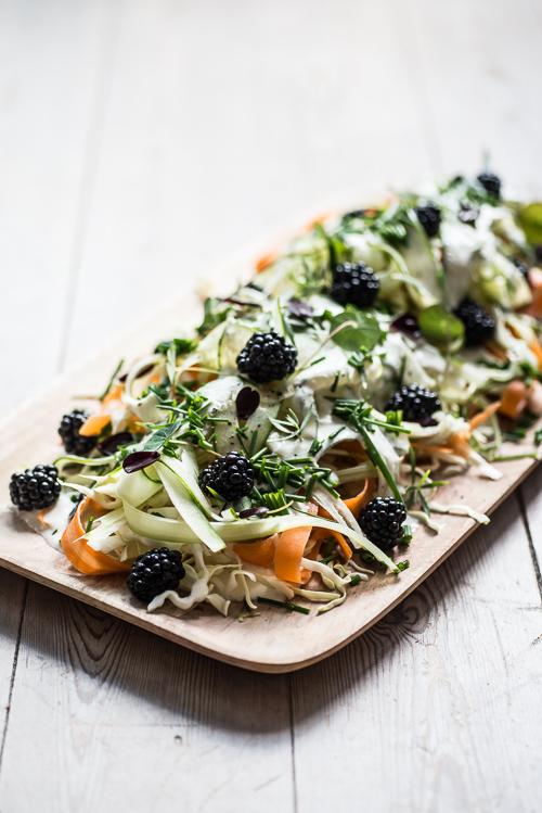 Smuk salat med de ingredienser, du har ved hånden