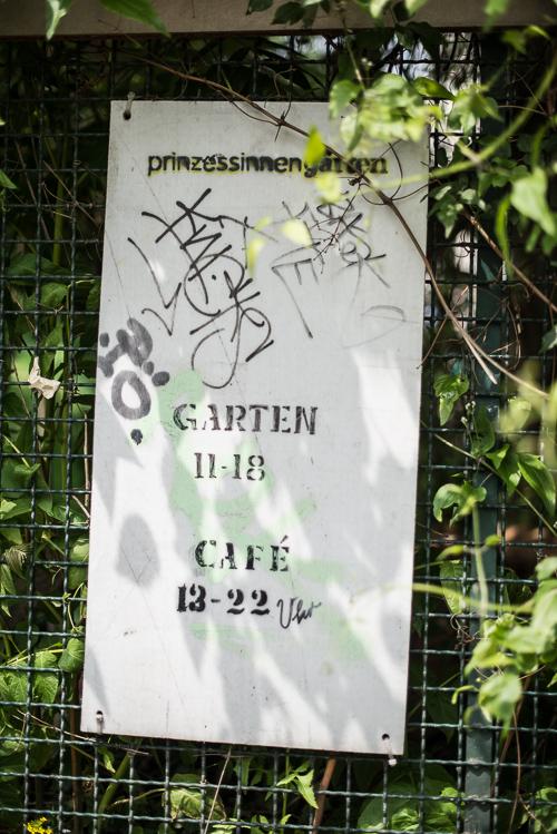 MASSER af urban Berlin stemning over hele haven