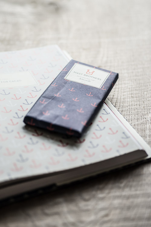 Gennemgående designtema på emballagen og bogen