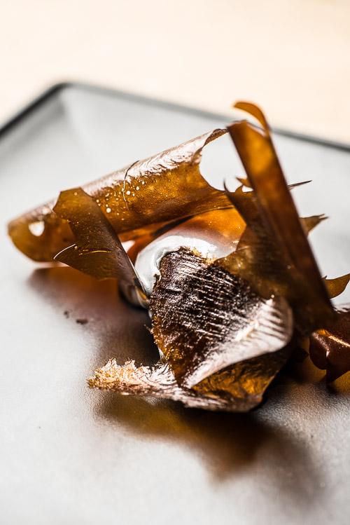 Oliven, karamel og lakrids som første dessert