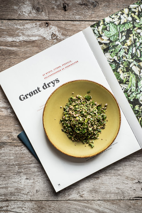 Opskriften på grønt drys midt i bogen