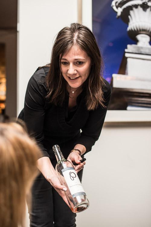 Annelise Ladegourdie fortæller om sit valg af rosevin til tataren