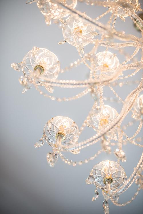 Der er indkøbt mange (!) nye, italienske lysekroner til Slottet